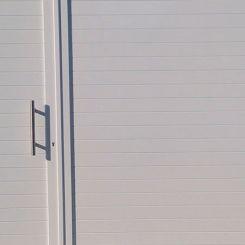 puerta-batiente-de-aluminio-soldado-2