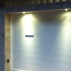 Peatonal-y-corredera-blanca-de-aluminio-solado