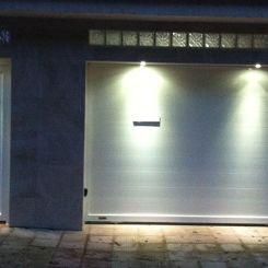 Peatonal-y-corredera-blanca-de-aluminio-solado-2