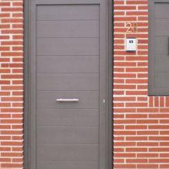 puerta-peatonal-de-aluminio-soldado-3
