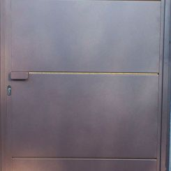 puerta-peatonal-de-chapa-metalica
