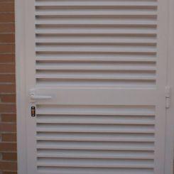puerta-peatonal-mallorquina-metalica