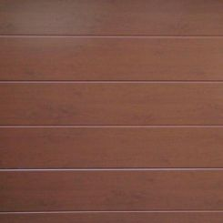 puerta-seccional-en-imitacion-a-madera-lacada-oscura